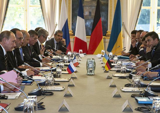 齐若夫:普京与奥朗德及默克尔讨论叙利亚危机