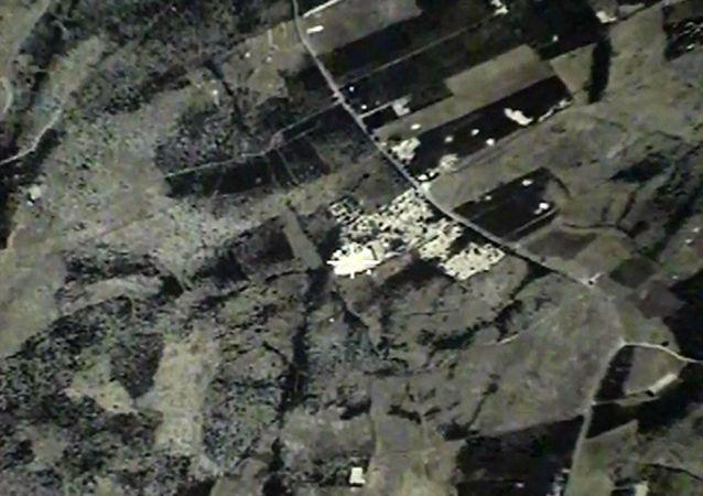 """俄国防部:俄空天部队的空袭行动大大削弱""""伊斯兰国""""的战斗能力"""