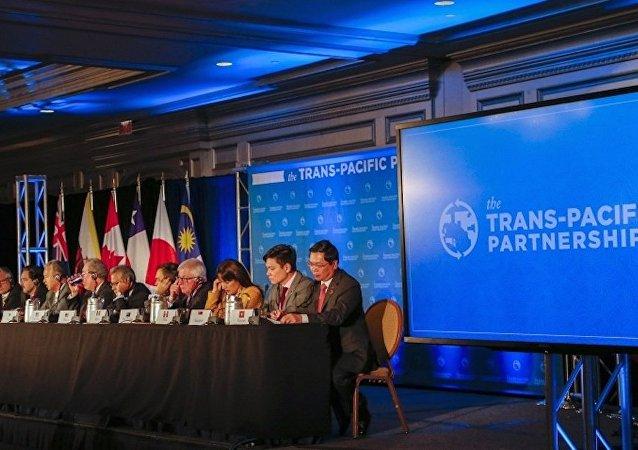 美官员:美退出TPP不会改变其对这一地区负有的责任