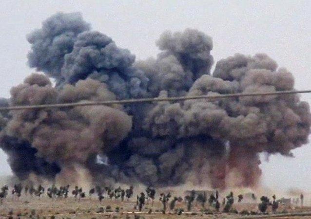 俄总统新闻秘书:俄在叙空袭目标是恐怖团体