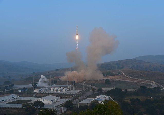 外媒:美国害怕中国新型导弹