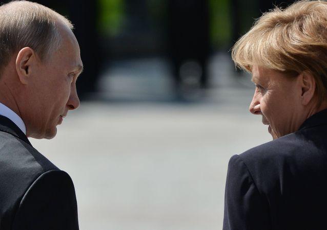 普京在捷克支持率反超默克尔