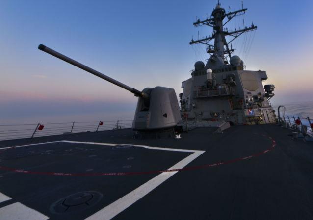 """美国第六舰队""""侵占""""黑海"""