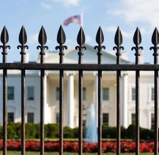 路透社:白宮稱美國支持美俄關係正常化