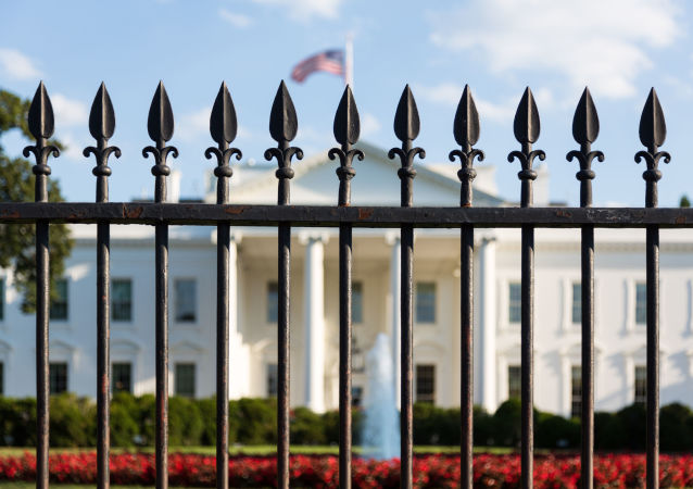 白宫声称要追究发布错误报道媒体的责任