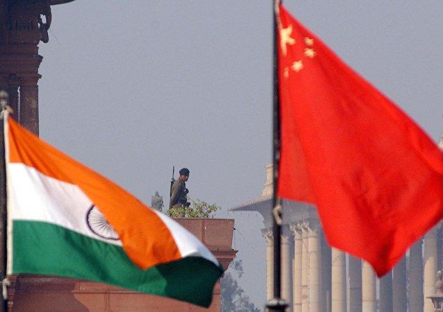 中国外交部:没有中国公民在印度寺庙火灾遇难