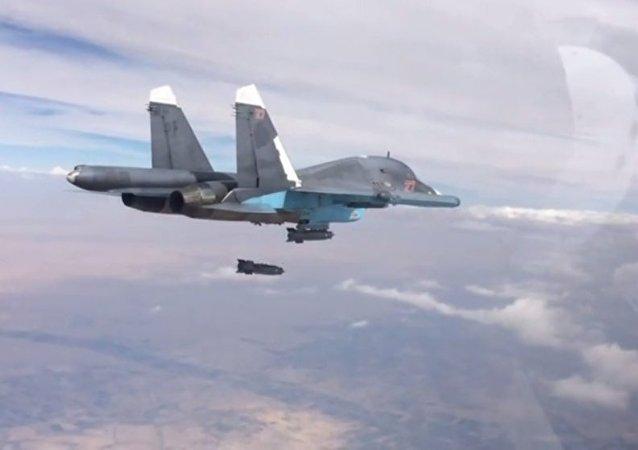 综述:俄军空袭叙境内恐怖组织已三周 战机出动共约830次