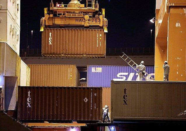 俄专家:2016年俄中贸易额或达700亿美元