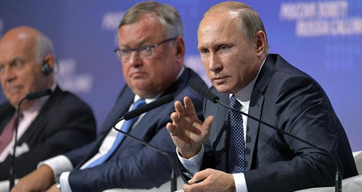 """普京:""""北溪-2""""项目是为了向欧洲提供天然气 而不是剥夺某国中转的可能性"""