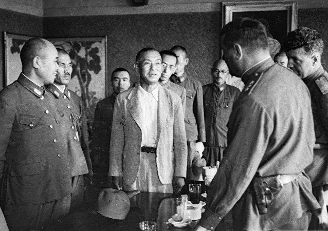 苏联指挥部接受部分日军投降/资料图片/