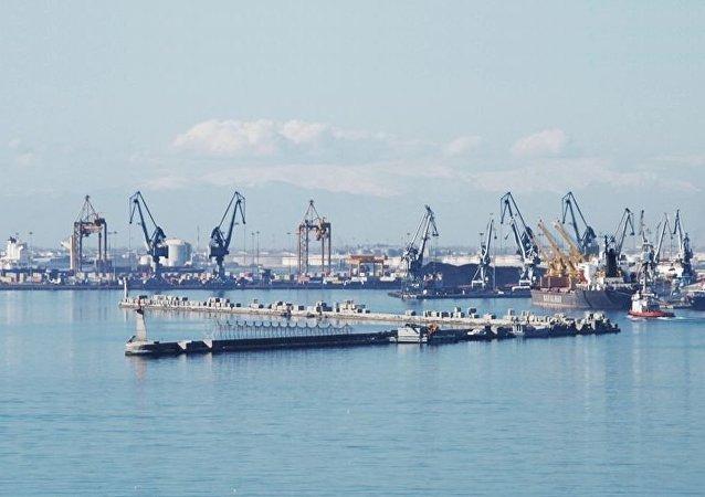 塞萨洛尼基港