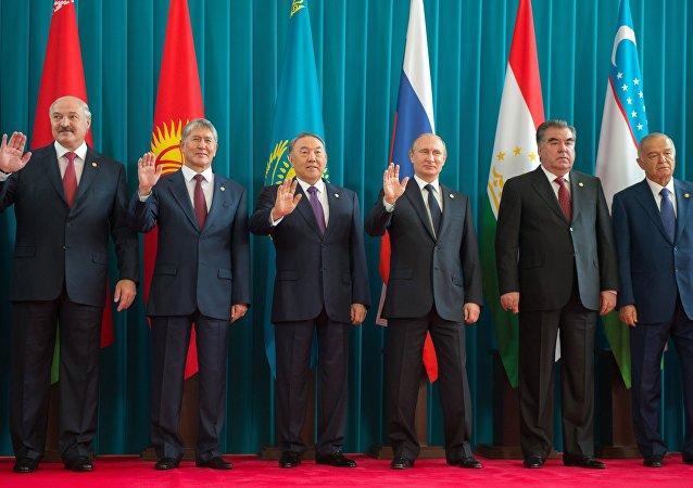 独联体国家的领导人