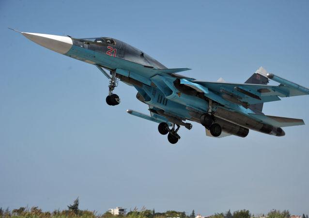俄蘇-34轟炸機炸毀敘霍姆斯省「勝利陣線」一指揮所