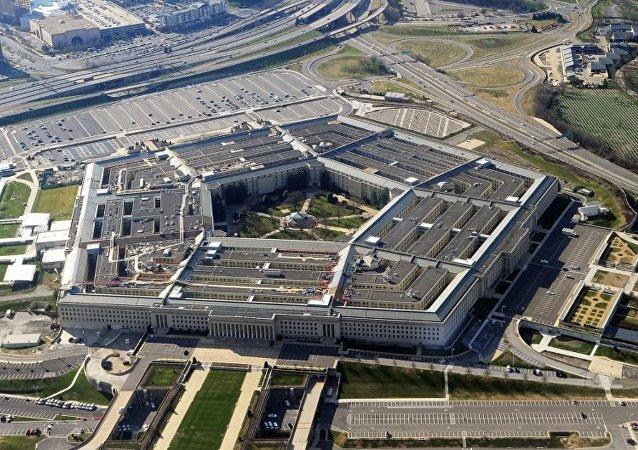 """美国防部:美国改变打击""""伊斯兰国""""的战术 将打击石油基础设施"""