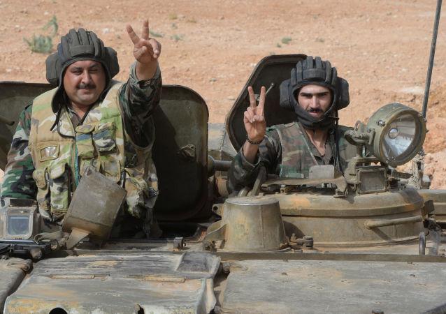 电视台:叙利亚民兵武装切断IS从伊拉克摩苏尔的供给路线