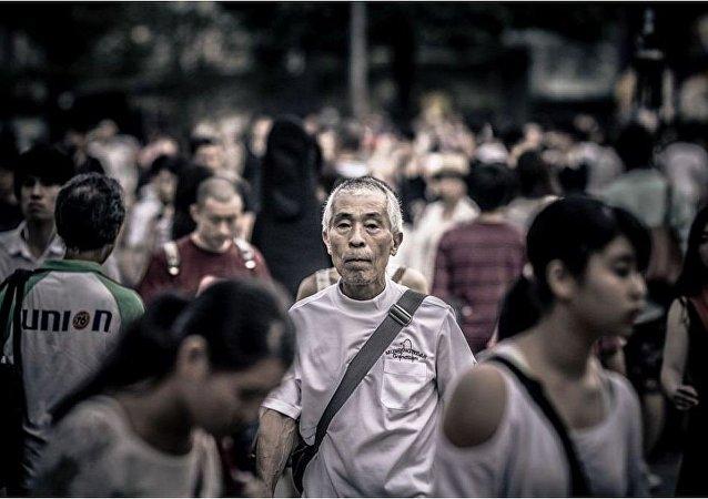 中国人社部:降低社保费率可为企业每年减负1200多亿人民币