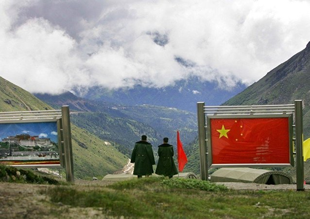 中国外交部:不存在中国边防队越线进入印度一侧的问题