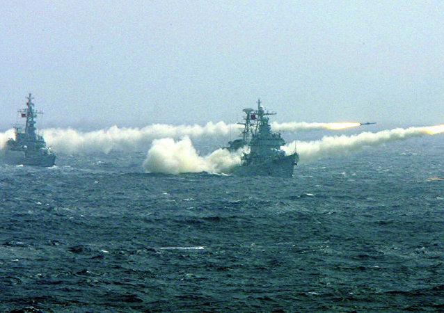 中国建议东盟在南海举行海上联合演习