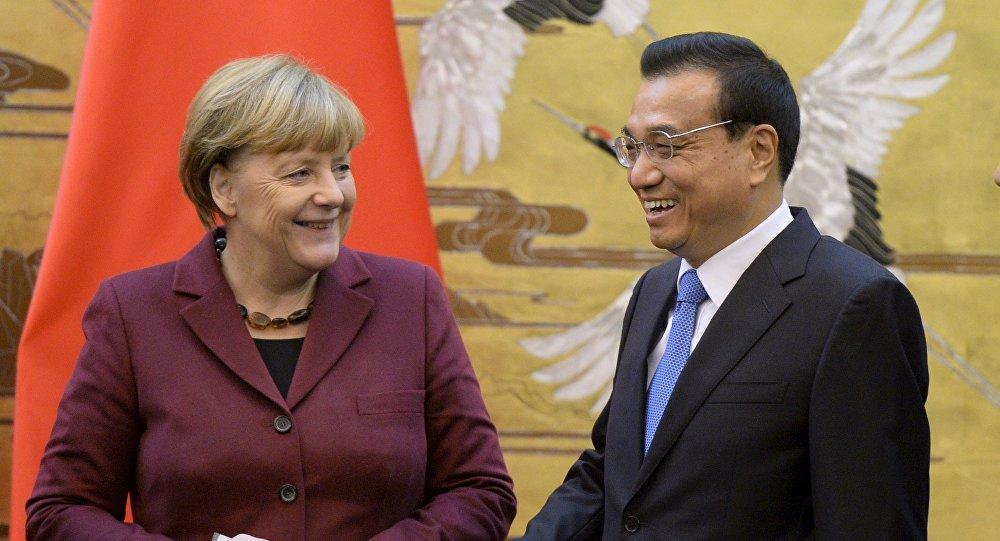 德国总理默克尔开始对中国进行正式访问
