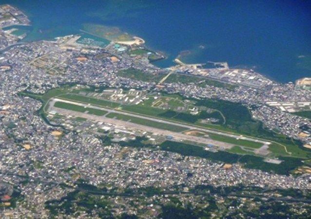 在关岛和日本的军事基地