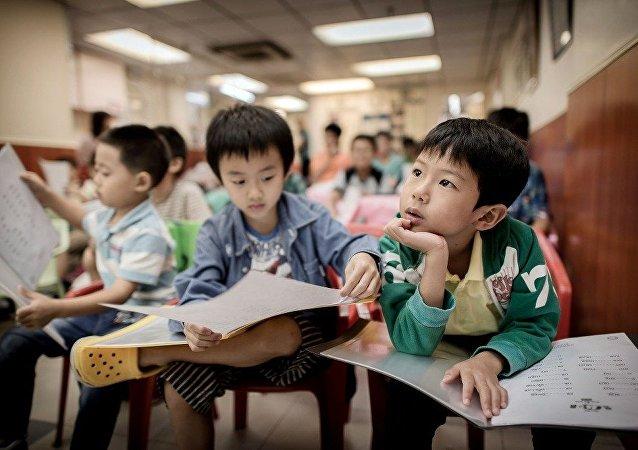 港媒:中国对外国儿童读物出版进行限制