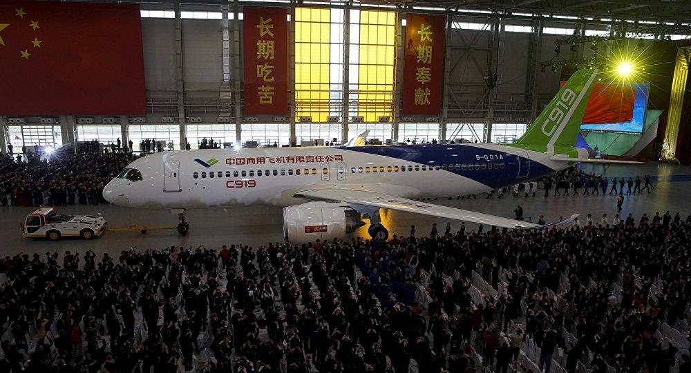 2017年3月和4月,c919首架飞机已先后通过专家技术评审和放飞评审.