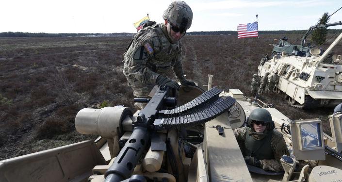 美国称遏制俄罗斯是在欧洲的首要任务