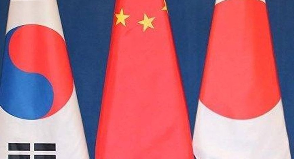 中国外交部:中日韩三方正就领导人会议事宜进行沟通
