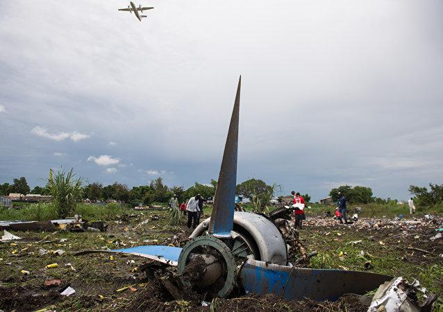消息人士:安12运输机坠毁导致39人死亡其中6人是机组人员