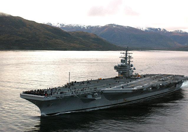 """美国计划把""""罗纳德·里根""""号航母派往朝鲜半岛沿岸"""