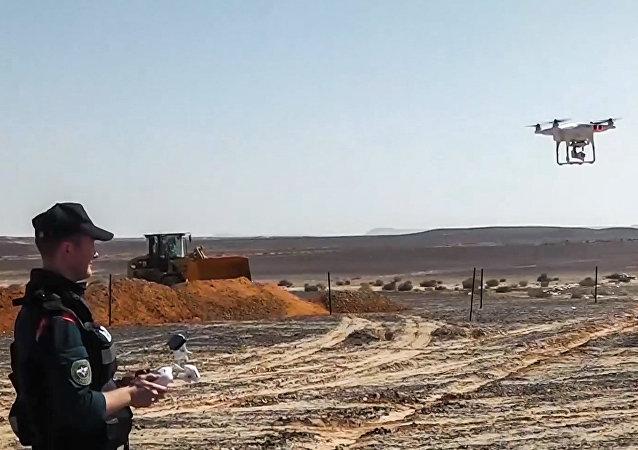 俄紧急情况部表示,在A321空难现场发现飞机残骸和遇难者遗体的可能性仍然存在。