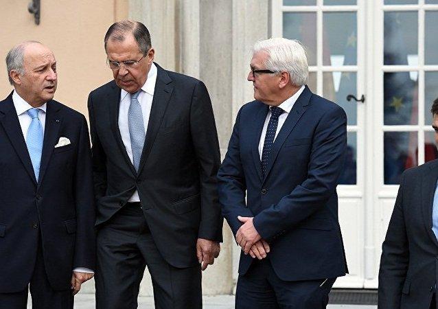 """""""诺曼底模式""""四国外长开始在柏林进行会谈"""
