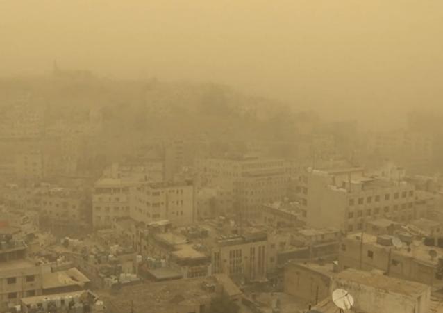 沙尘暴覆盖约旦