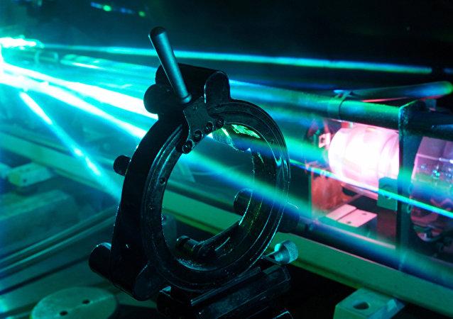 俄计划2017年底前启动世界上最强大的激光装置