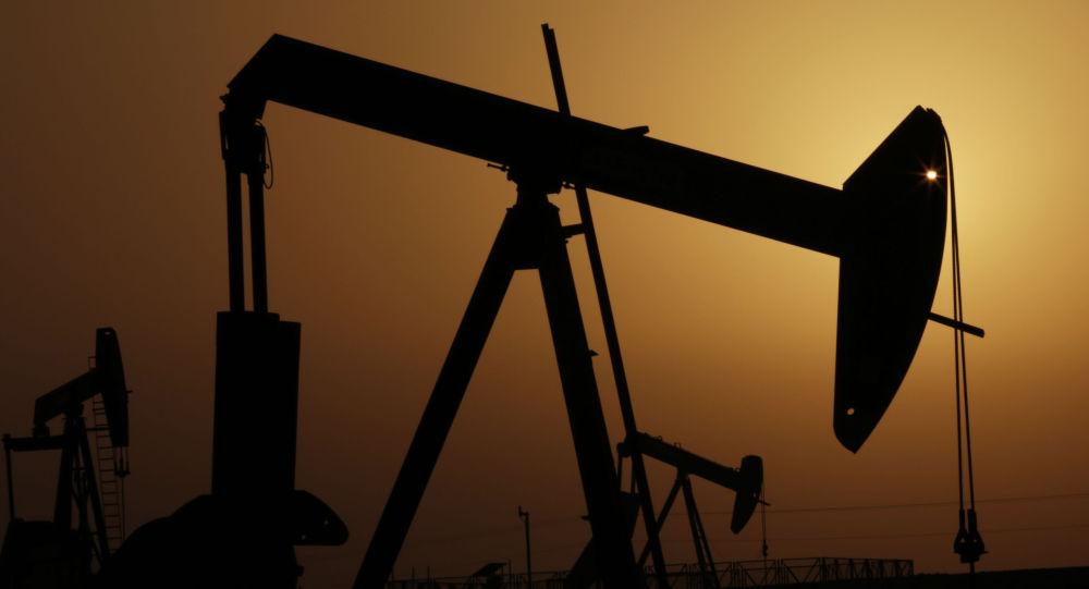 沙特下调销往欧洲原油价格是为与俄罗斯抢占市场