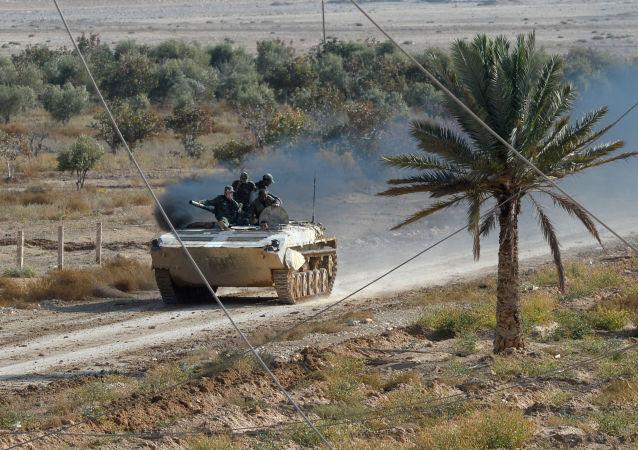 """叙利亚已经形成包围并击溃巴尔米拉""""伊斯兰国""""部队的条件"""