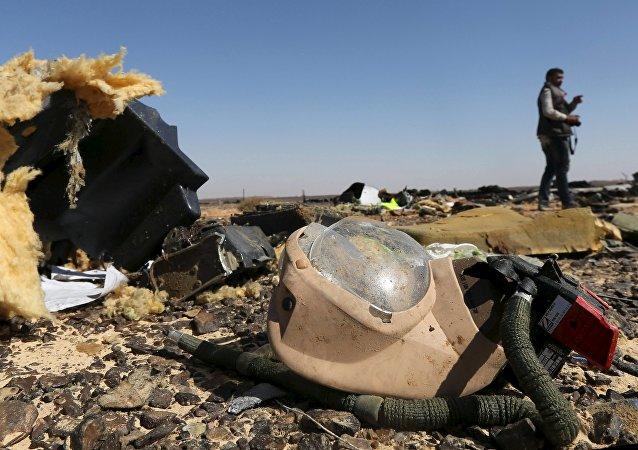 调查:大多数俄罗斯人认为俄A321客机坠毁的原因是恐怖爆炸或技术故障