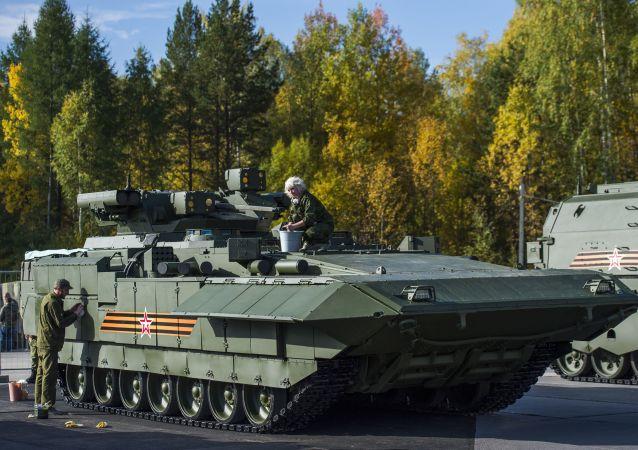 """""""阿玛塔""""(Armata)主战坦克"""
