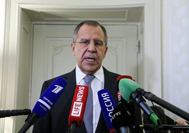 拉夫罗夫:叙利亚应在半年内就国家统一政府达成共识