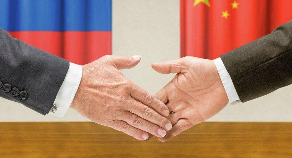俄经济发展部与俄罗斯中国总商会签署合作协议