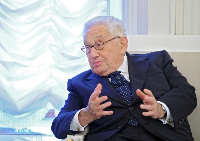 基辛格:俄罗斯是新力量平衡中不可或缺的组分