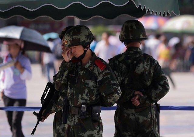 媒体:新疆政府将对提供可靠涉恐线索者予以奖励 最高可达77万美元