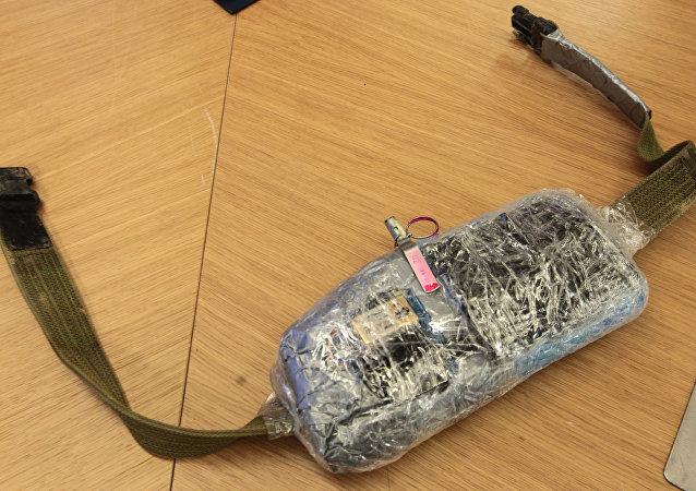 自杀式炸弹腰带的仪器/资料图片/