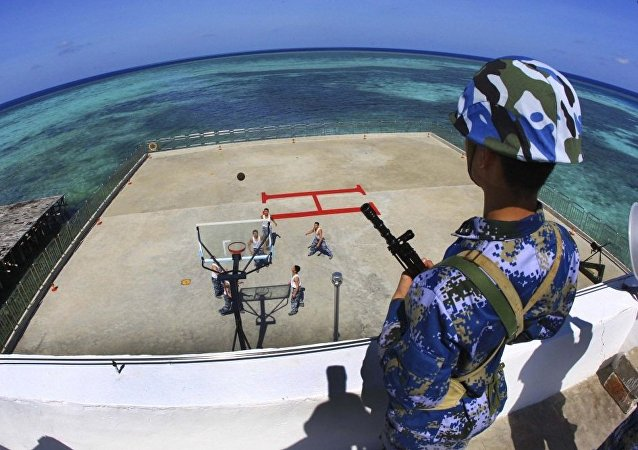 中国外交部:美国和日本不应担心中国在南海的行动