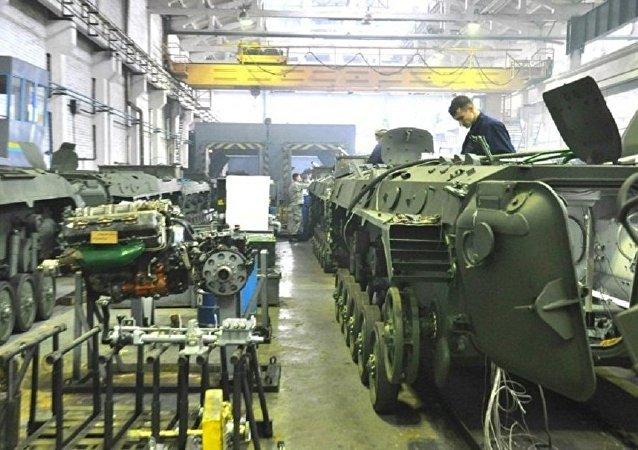 乌克兰政府计划将2018年国防支出占GDP比重保持在5%