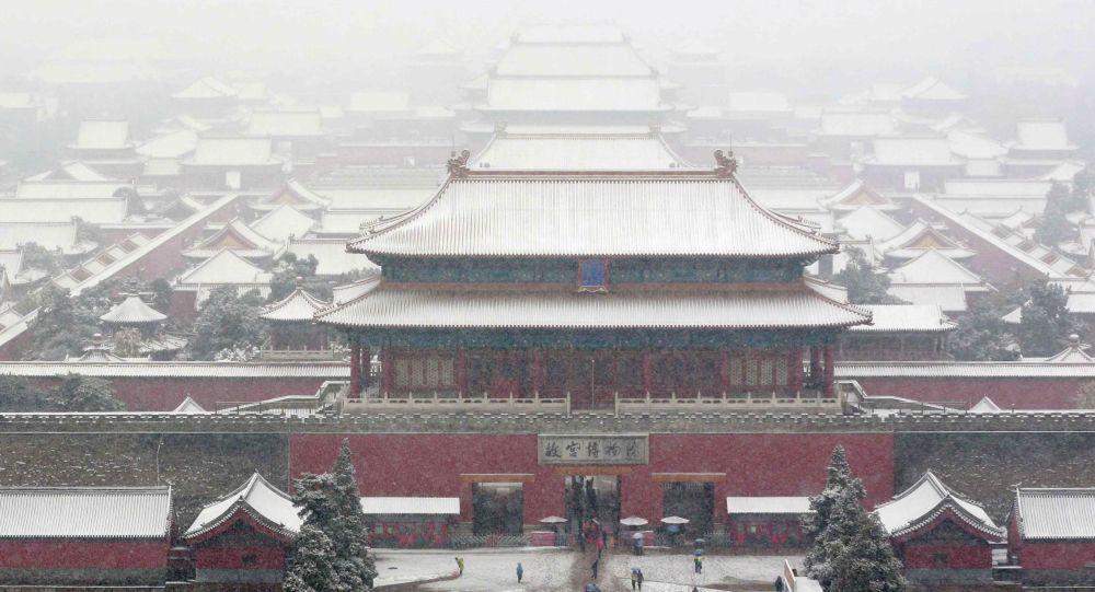 """华媒:每天在北京故宫里练习""""跑圈""""的消防队员"""