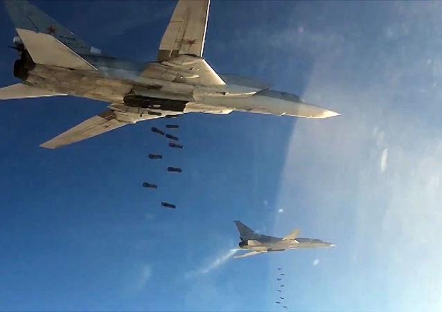 """叙利亚媒体称俄空天军31日轰炸""""伊斯兰国""""石油供应路线"""