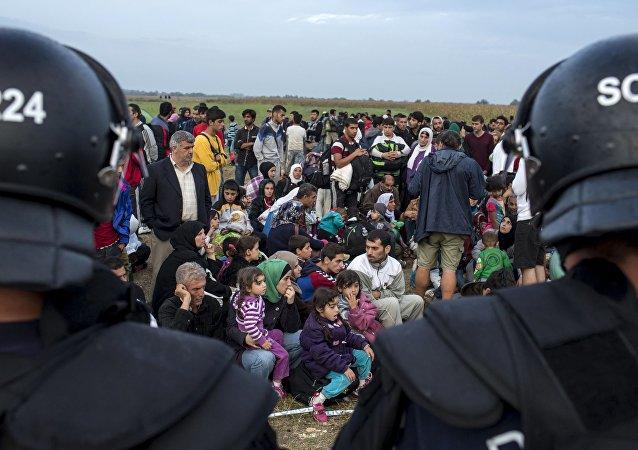 匈牙利就欧盟难民分配的公投因投票率过低而无效