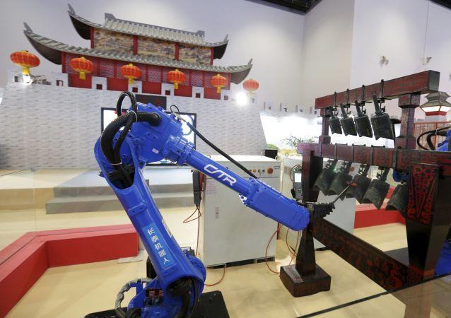 世界工业机器人市场2019年将达到250万台