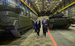 普京參觀俄最新T-14阿瑪塔坦克